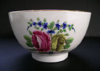 CAUGHLEY PORCELAIN FINE TEABOWL PROBABLY CHAMBERLAIN WORCESTER DECORATED, COUNTRY FLOWERS PATTERN C.1780-85
