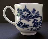 antique blue and white pottery image - FIRST PERIOD WORCESTER FINE COFFEE CUP WITH GROOVED HANDLE, THE MAN IN THE PAVILION PATTERN BFS II.B.1 C.1758