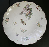 FINE CHELSEA PORCELAIN RED ANCHOR PERIOD LOBED DISH WITH CHELSEA FLOWERS AND INSECTS C1752-56.